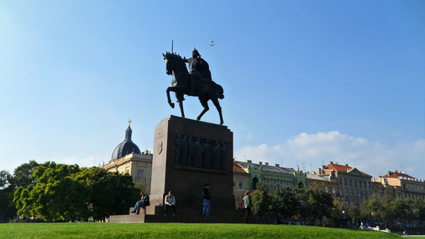 King Tomislav square