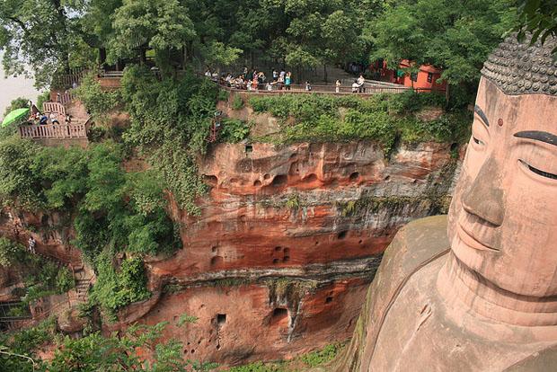 Buddha statue left view