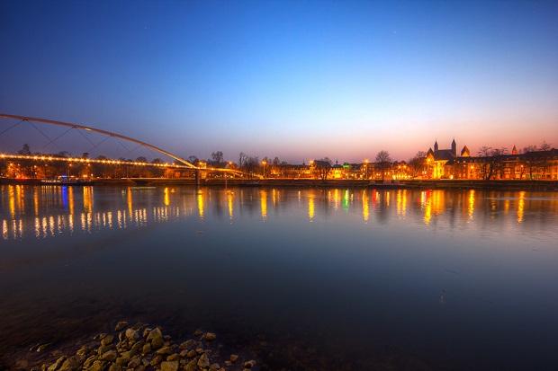 Maastricht River lights