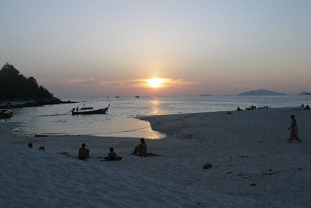 Tropical sunset in Ko Lipe