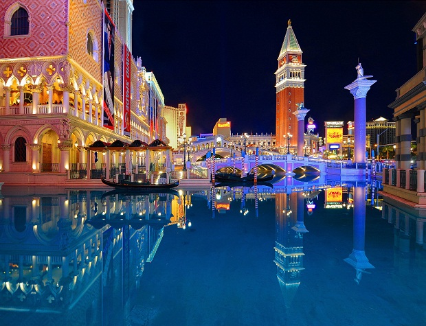 What To Do During Christmas In Las Vegas Trip Amp Travel News