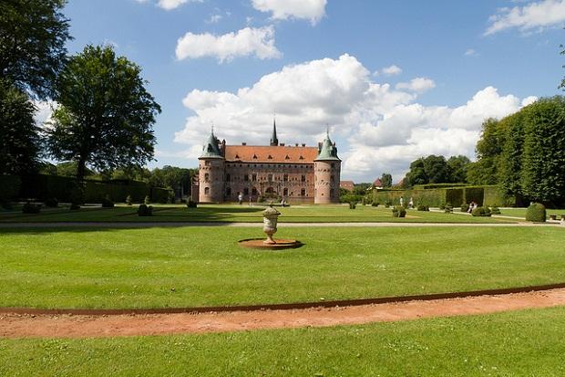 Egeskov Castle Garden