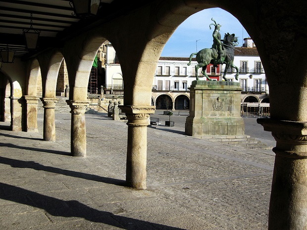 Plaza Mayor statue