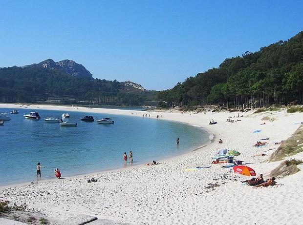 Cies Islands White sand Beach