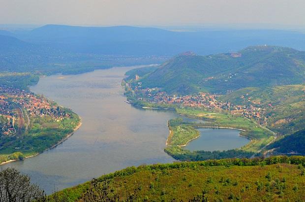 Danube Bend Banks