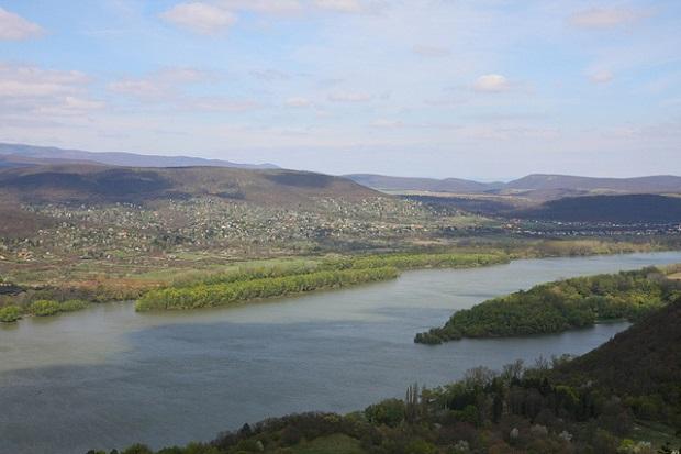 Danube Bend greenery