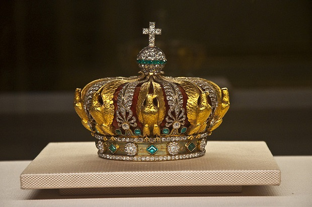 Paris Museum Crown