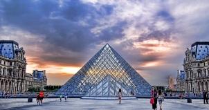 Paris Museum Louvre sunset