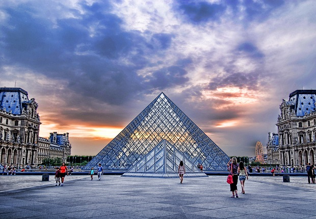Paris Museum Louvre sunset
