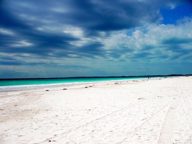 Pink Sand Beach 5kms long