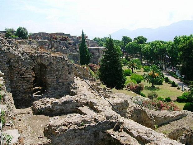 Pompeii Hillside