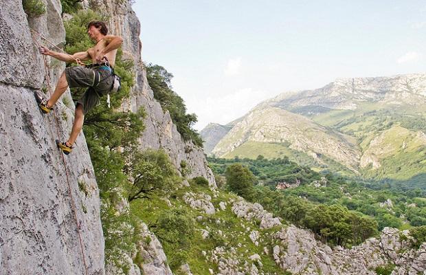 Climbing Quiros