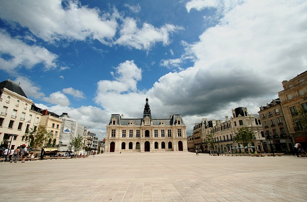 Poitiers Square