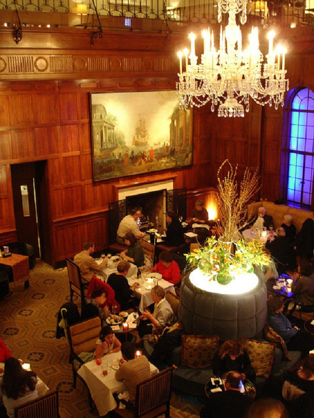 Lobby of the Heathman Hotel, Portland